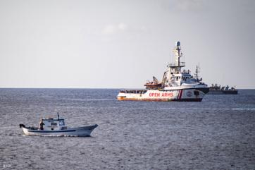 Spanyolország befogadja az Open Arms hajón lévő menekülteket - A cikkhez tartozó kép