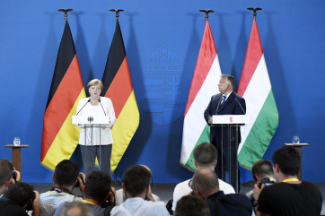Napi fotó: Angela Merkel német kancellár és...
