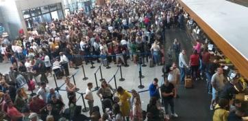 Sztrájkolnak a reptéri dolgozók Pristinában - A cikkhez tartozó kép