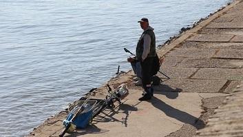 Jövőre 7.000 dinár lesz Szerbiában a horgászengedély - illusztráció
