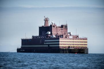 Elindult állomáshelyére a világ első úszó atomerőműve Oroszországban - A cikkhez tartozó kép