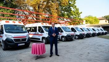 A tartományi kormány tíz község számára biztosít járművet a dialízisre szoruló betegek szállítására - illusztráció