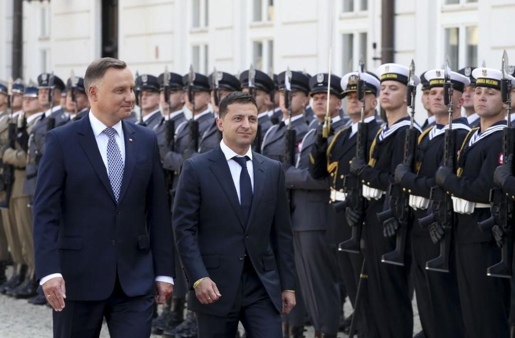 Andrzej Duda: Helyre kell állítani Ukrajna 2014 előtti ...