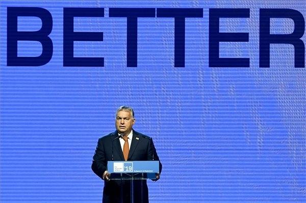 Orbán Viktor miniszterelnök beszédet mond a Nemzetközi Távközlési Egyesület (ITU) Telecom World 2019 konferenciájának megnyitóján a Hungexpo Budapesti Vásárközpontban 2019. szeptember 9-én