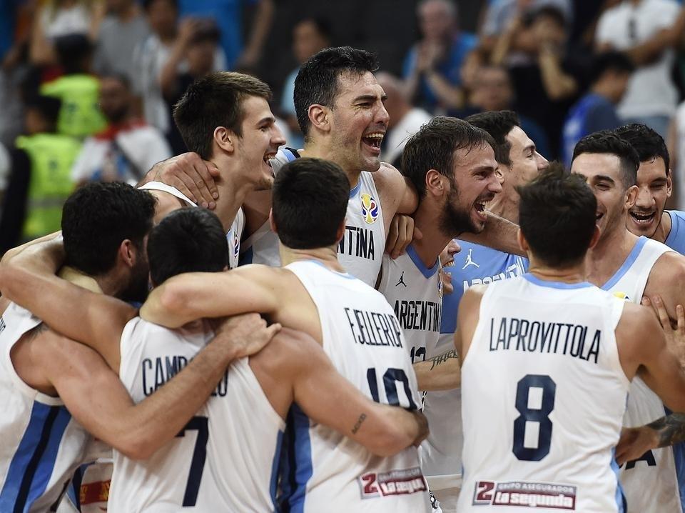 Az Argentinok jutottak az elődöntőbe