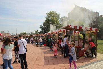 Ajvár-bajvívó: Paprikás hangulat és füst Topolya központjában - A cikkhez tartozó kép