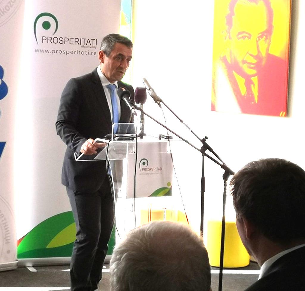 Potápi Árpád János: Míg korábban kulturális és oktatási szempontból lehetett egységes Kárpát-medencei térről beszélni, a gazdaságfejlesztési programoknak köszönhetően gazdasági szempontból is egyre inkább egységes térré válik ez a régió.