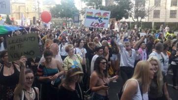 Megtartották a büszkeségnapi felvonulást Belgrádban - A cikkhez tartozó kép
