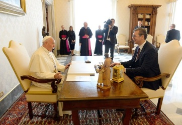 Papa Franjo podržava što skoriji prijem Srbije u EU - A cikkhez tartozó kép