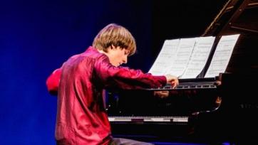 Szokolay Ádám nyerte az idei Bartók Világversenyt - A cikkhez tartozó kép