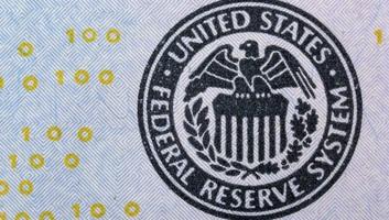Csökkentette az irányadó dollárkamatot a Fed - illusztráció