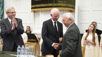 Balog Zoltán református lelkész kapta idén a Tőkés-díjat - illusztráció