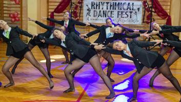 A királyhalmiak királyul érzik magukat a táncparketten - illusztráció