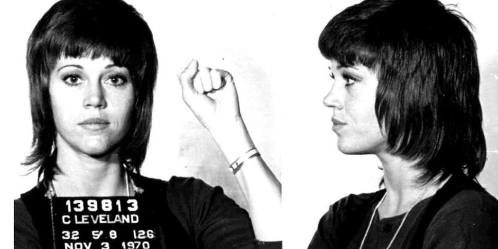 A történelem megismétli önmagát: 1970-ben Jane Fondát azért vették őrizetbe, mert a vietnami háború ellen tiltakozott