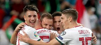 A magyar labdarúgó válogatott sikertelen kvalifikáció esetén még a pótselejtezőben bízhat - illusztráció