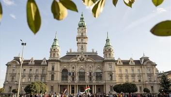 Ismét tüntettek Borkai Zsolt ellen Győrben - illusztráció