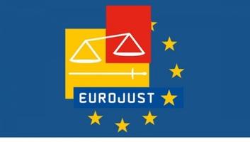 Eurojust: Magyarországot megkárosító adócsaló nemzetközi bűnözői csoportot számoltak fel - illusztráció