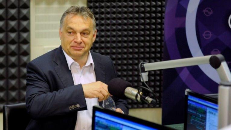 Orbán Viktor a Kossuth Rádióban stúdiójában