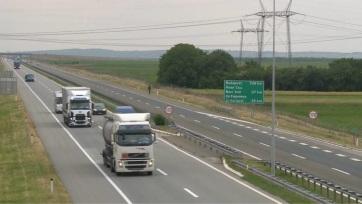 Javaslat a rendőrségnek: Tolerálja a sebességkorlátozás túllépését a szerbiai autópályákon! - A cikkhez tartozó kép
