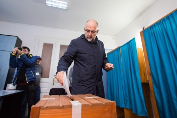 Napi fotó: Minden szavazásra jogosult romániai...