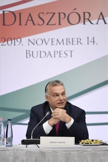 Orban na plenarnoj sednici Saveta dijaspore: Protivimo se imigraciji, Mađari se mogu zameniti samo Mađarima - A cikkhez tartozó kép