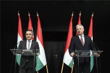 Semjén: Az etnikai alapú magyar pártokat kell támogatni a szomszédos államokban - A cikkhez tartozó kép