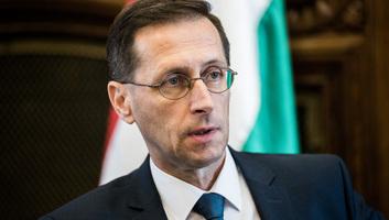 Varga Mihály: Magyarország fejlődik a leggyorsabban az unióban - illusztráció