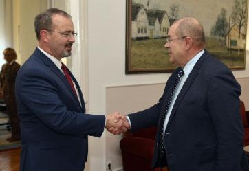 Pásztor fogadta az Egyesült Államok szerbiai nagykövetét - A cikkhez tartozó kép