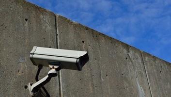 Nem a sebességet mérik a szerbiai autópályák mentén kihelyezett kamerák - illusztráció