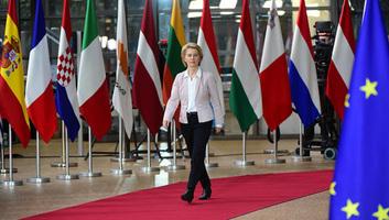 Von der Leyen Várhelyi Olivérnek: Hiteles európai integrációs perspektívát kell kínálni a Nyugat-Balkán számára - illusztráció
