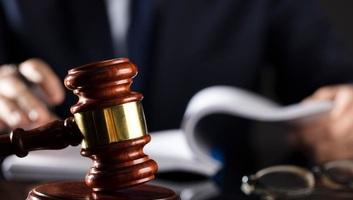 Index-ügy: A vádlottak összesen több mint hatvan évet kaptak - illusztráció