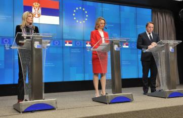 Napi fotó: Szerbia kedden este Brüsszelben a...