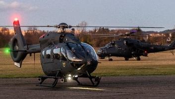 Átadták az új helikopterflotta első négy tagját Szolnokon - illusztráció