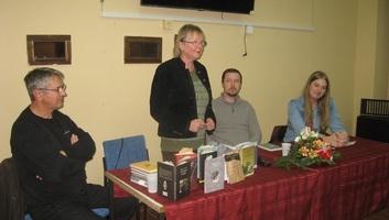 Muzslya: A zEtna-szerzők estje - illusztráció