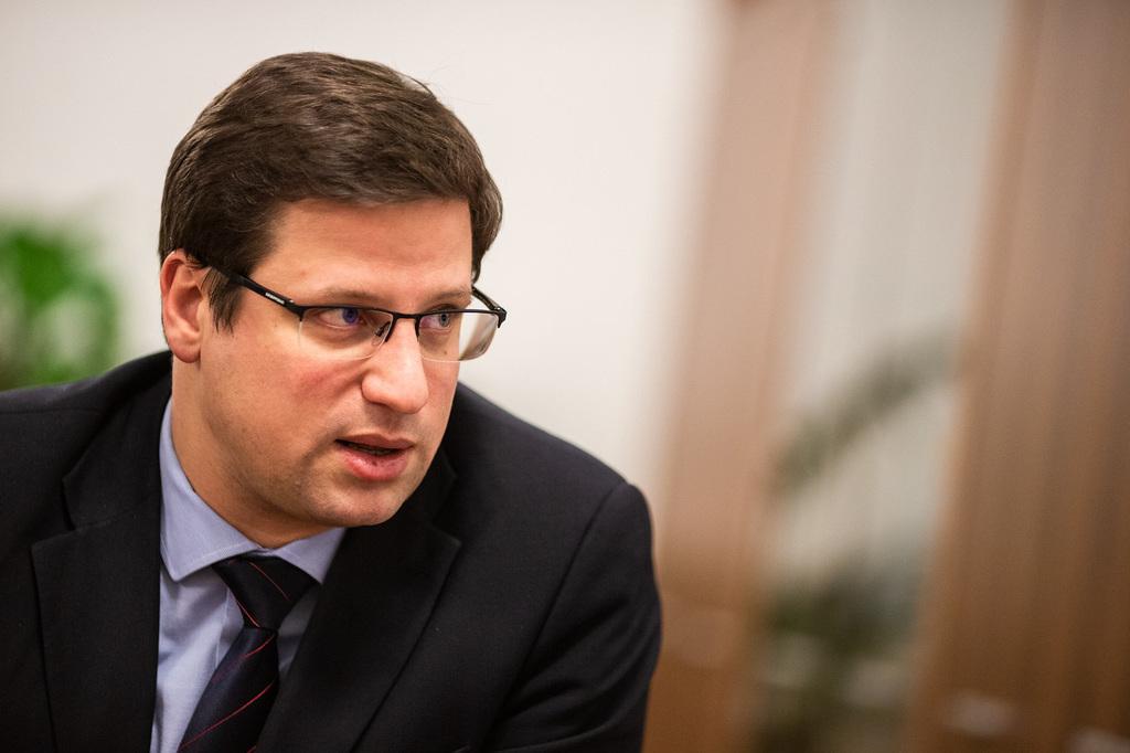 Gulyás Gergely: Az embereket be kell vonni a döntésekbe ...
