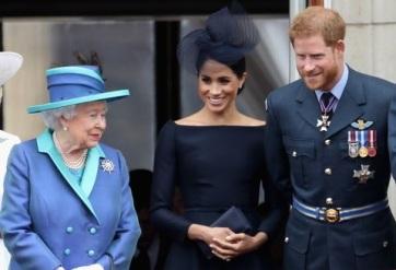 A brit uralkodó nehéz szívvel, de engedélyezi Harry és felesége önállósodását - A cikkhez tartozó kép