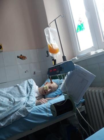 Leukémiás fiuk gyógykezeltetéséhez kér segítséget egy horgosi család - A cikkhez tartozó kép