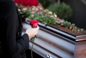 A temetkezési költségek térítményének meghatározása is a svájci modell alapján történik - A cikkhez tartozó kép