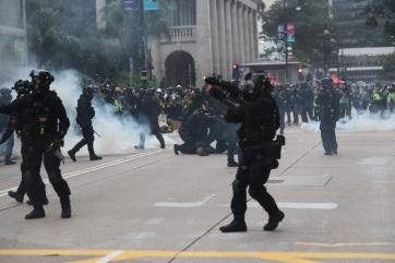 Erőszakba fulladt Hongkongban az általános választójogért tartott tüntetés - A cikkhez tartozó kép