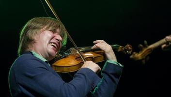 Visszakapta ellopott hegedűjét Lajkó Félix - illusztráció
