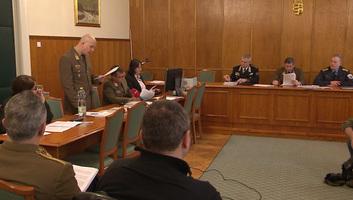 Tábornokper Magyarországon:  A vádlottak többsége tagadta bűnösségét az utolsó szó jogán - illusztráció