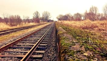Az állam másfél milliárd dinárt szán a Belgrád–Budapest vasút szakmai felügyeletére - illusztráció