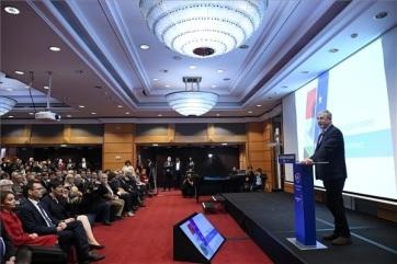 Mađarska: Opozicija može pobediti ako je jedinstvena, izjavio je Ferenc Đurčanj - A cikkhez tartozó kép