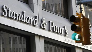 Pozitívra javította a magyar államadós-osztályzat kilátását a Standard & Poor´s - illusztráció
