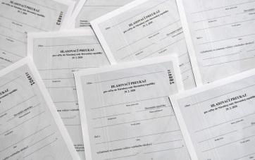 Szlovákia: A közvélemény-kutatási moratórium előtt küszöb alá mérik a magyar listákat - A cikkhez tartozó kép