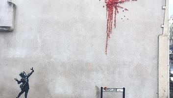 Súlyosan megrongálták Banksy Valentin-napi falfestményét - illusztráció