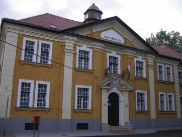 Szerb embercsempészt ítéltek három év börtönre Komáromban - A cikkhez tartozó kép