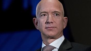 Jeff Bezos, a világ leggazdagabb embere tízmilliárd dollárt ajánl fel klímavédelmi célokra - illusztráció