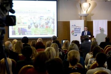 Potápi: A magyar társadalom alapját képező közösségek megerősítése a cél - A cikkhez tartozó kép