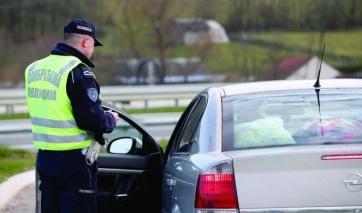 Öt nap alatt 25 ezer közlekedési bírságot szabtak ki a szerbiai rendőrök - A cikkhez tartozó kép